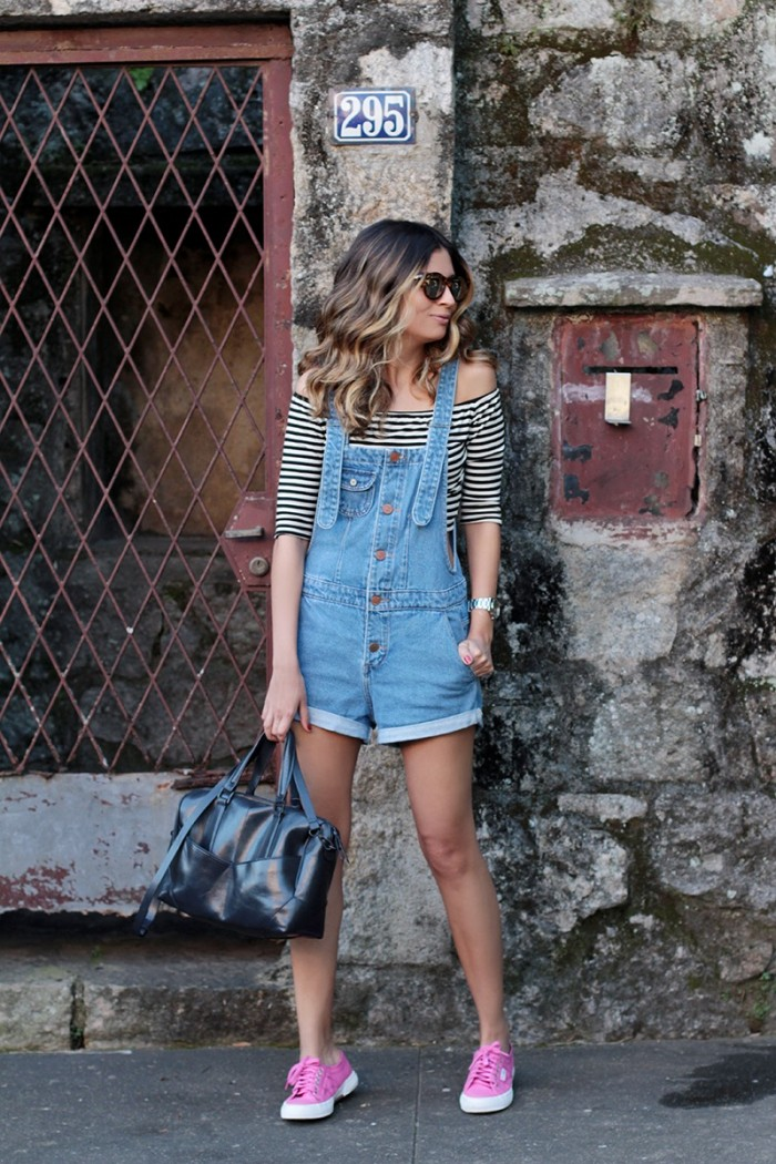look do dia_jardineira jeans_superga pink_Jessica Velasco (1)